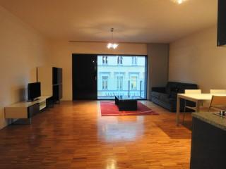 In affitto moderno appartamento arredato bilocale 62 m2 for Appartamenti arredati moderni